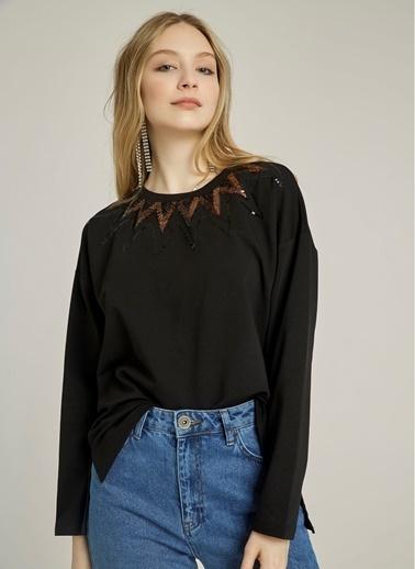 NGSTYLE Yakası Payet İşlemeli Sweatshirt Siyah